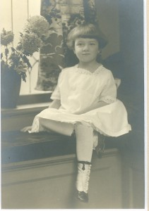 Mom aged about 5 in Davenport, Iowa